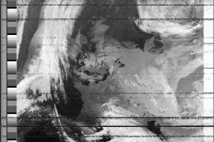 noaa-18_gqrx_20161006_171932_137912500_11025_contrast_enhance_chb